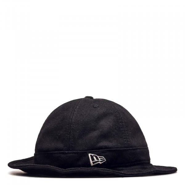Hut Heritage Explorer Black