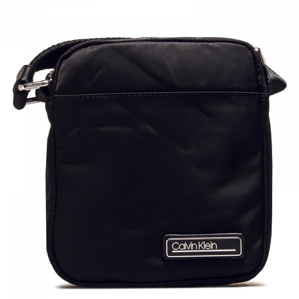 Tasche Primary Crossbody Black