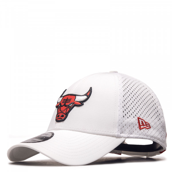 Unisex Trucker Cap - Team Arch 9Forty Chicago Bulls - White